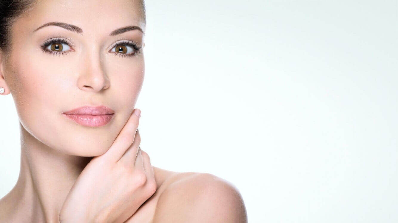 جوان سازی پوست در کلینیک فوق تخصصی دی